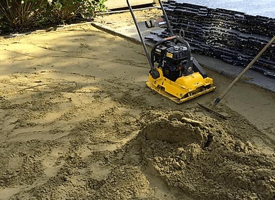 Gras verwijderen en kunstgras plaatsen stappenplan